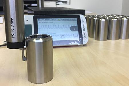 Messung der Oberflächenrauheit mit MarSurf PS10